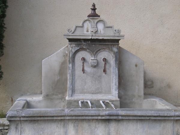 Les fontaines - Page 2 546ccbd5